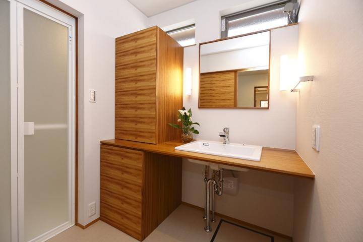 木の家 洗面脱衣室